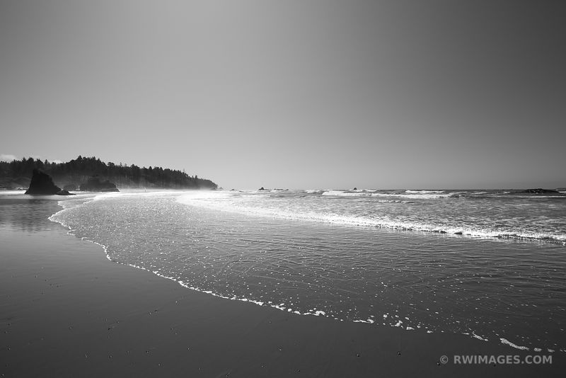 RUBY BEACH OLYMPIC NATIONAL PARK WASHINGTON BLACK AND WHITE