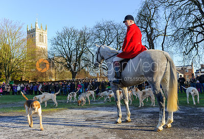 The Cottesmore Hunt in Melton Mowbray 2/1 photos