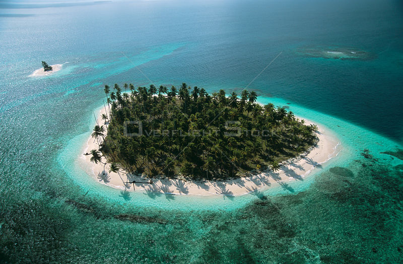 Aerial view of island with Coconut palm trees, San Blas Islands, Caribbean coast, Panama 2006