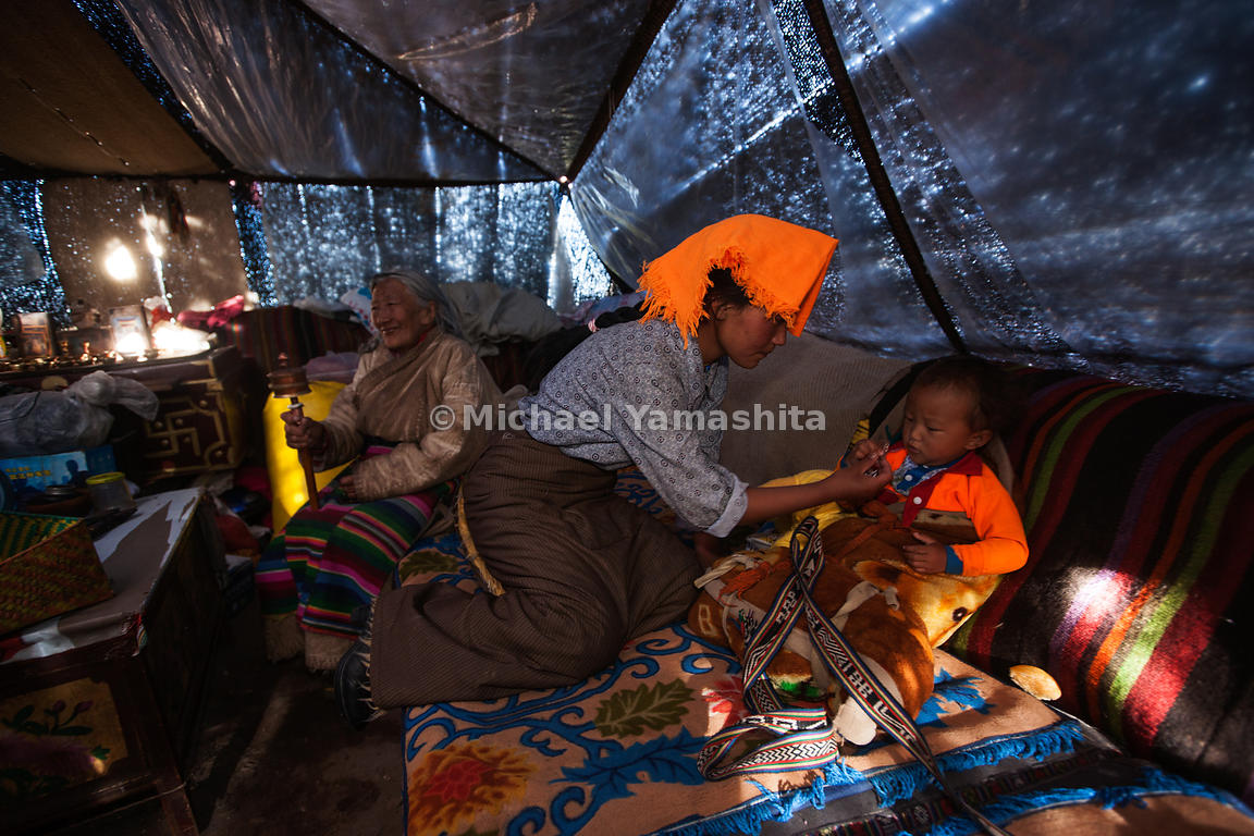 Nomad families spend the Summer months living together in yak-hair tents, grazing their animals and searching for the valuabl...