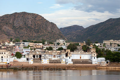 Temples and mountains in Pushkar, Rajasthan, India