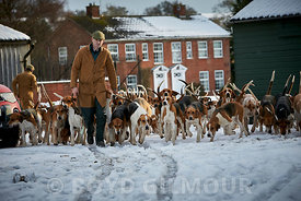 Pytchley Hounds in the Snow 2017