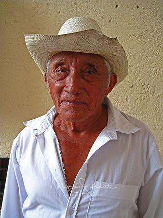 Mexican_Man_straw_hat