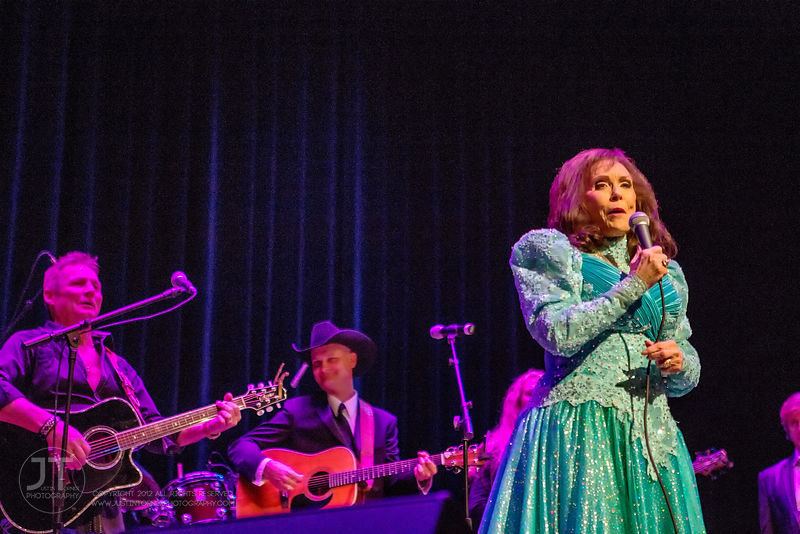 Hoopla - Loretta Lynn, Paramount Theatre, March 26, 2015