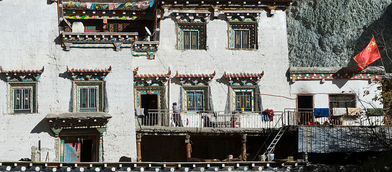 Tibetan house, Curu village, Derong valley, Sichuan