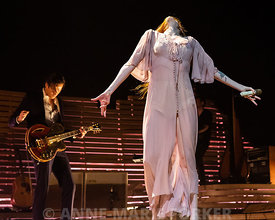 Florence_and_the_Machine-2370