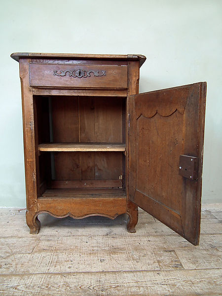 cupboard_wood_set_no2_single_open