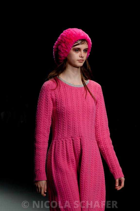 LFW_pretty_in_pink_2