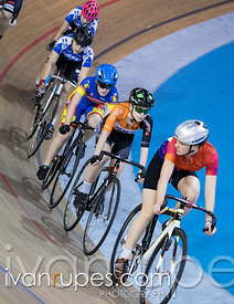 Cat 2/ U17 Women Scratch Race. 2016/2017 Track O-Cup #3/Eastern Track Challenge, Mattamy National Cycling Centre, Milton, On,...