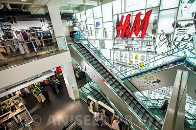 SMP / H&M Oxford Street, London