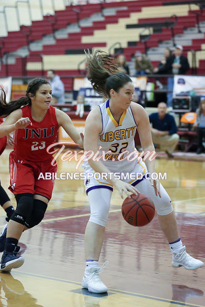 12-30-17_BKB_FV_Jim_Ned_v_Liberty_Hill_Whataburger_Championship_Game_MW03096