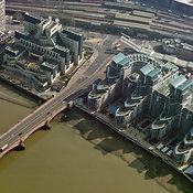 MI6, The Vauxhall Bridge