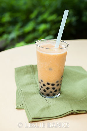 Mango smoothie bubble tea