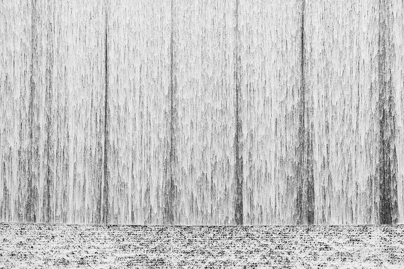 GERALD D. HINES WATERWALL PARK HOUSTON TEXAS BLACK AND WHITE