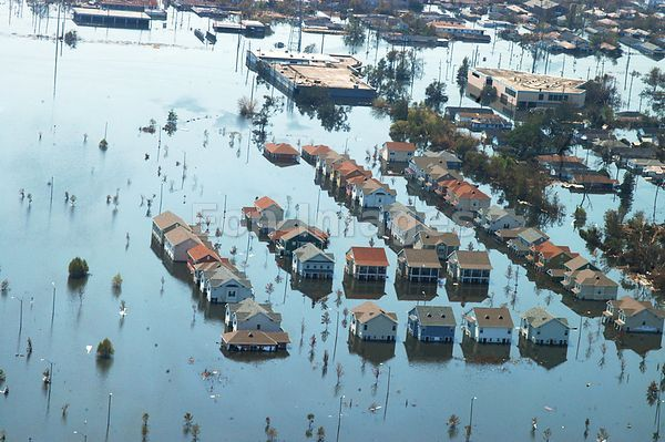 New Orleans houses swamped by floodwaters after Katrina
