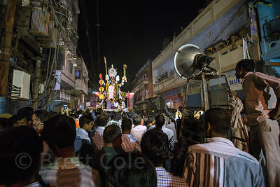 A huge idol of Kali is carried during the Kali Murti festival, Varanasi, India. It will be marched into the streets where tho...