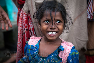 Plucky girl in Howrah, India
