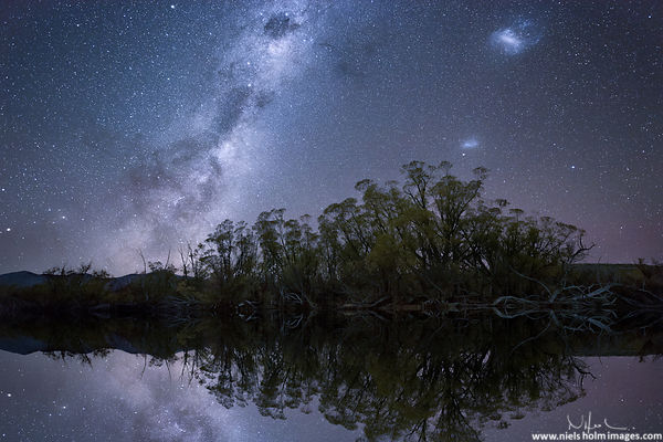 Milky way and Magellanic Clouds on Lake McGregor - New Zealand