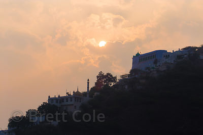Mosque on a hillside near Taragarh Fort, Longia Mohalla, Ajmer, Rajasthan, India