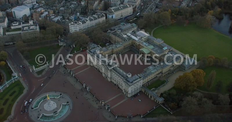 Aerial footage of Buckingham Palace