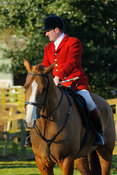 Chris Edwards at the meet at Pickwell Manor - The Cottesmore Hunt at Pickwell Manor 28/12