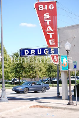 Big State Drugs sign in Irving, Texas