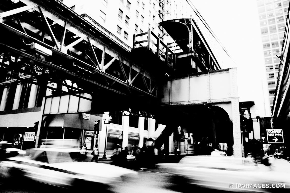 RUSH HOUR CHICAGO BLACK AND WHITE