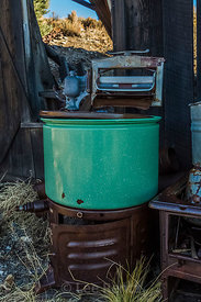 Antique Wringer Washing Machine in Belmont, Nevada