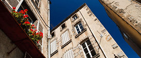 Building facades in old Clermont Ferrand
