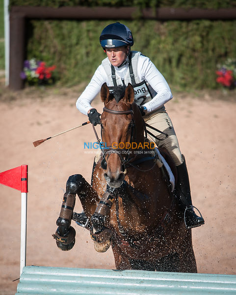 Pippa Funnell (GBR) & Billy Walk On