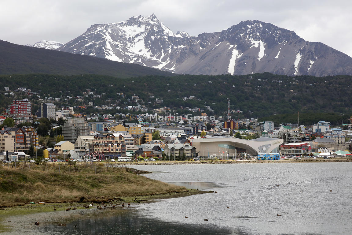 Ushuaia with the Martial mountain range behind, Tierra del Fuego, Argentina