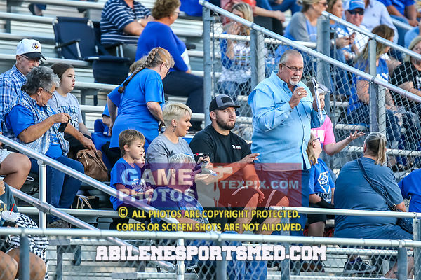 10-05-18_FB_Stamford_vs_Clyde80147