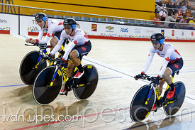 Women's Team Pursuit Qualification, Track Day 1, Toronto 2015 Pan Am Games, Milton Pan Am/Parapan Am Velodrome, Milton, On; J...