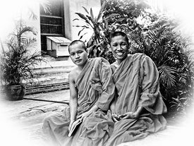 12.1_Massage_Monks_who_traded_picture_for_English_lessons_B_W_sized