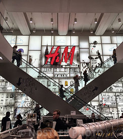 Shopping in H&M