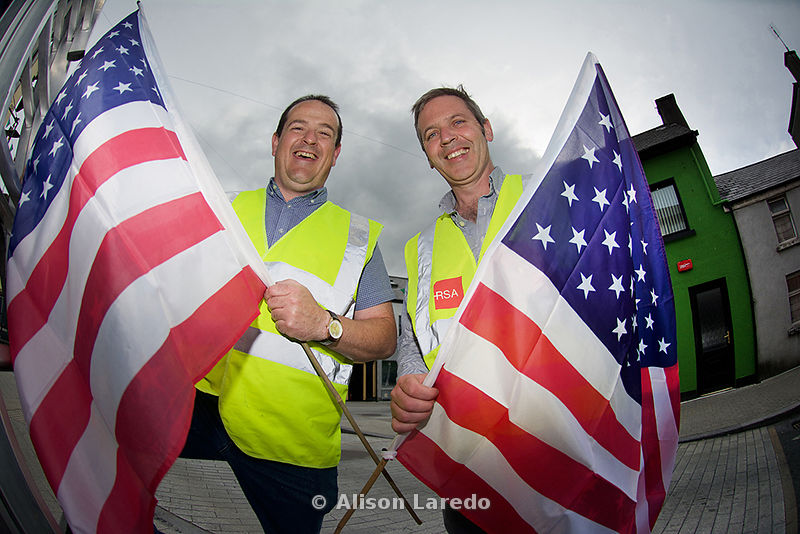 Oisin Heraghty and Ger Deere decorating the town of Castlebar ahead of the visit to Mayo of USA Vice President Joe Biden. ©Al...