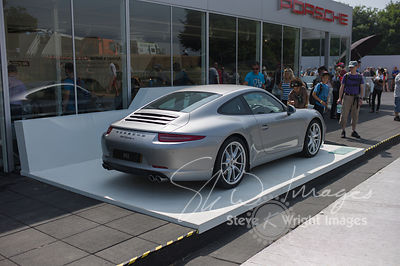 Porsche 911 Carrera (3.4-litre flat-6, 2013) - Celebrating 50 years of the Porsche 911 at Goodwood Festival of Speed 2013