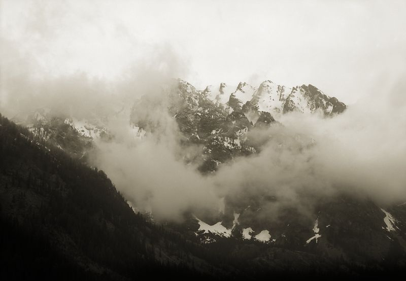 Western_Landscapes_WL13010_Mountain_Clouds_Around_Tetons_Preview
