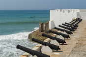 Cannons, Cape Coast Castle, old gold and slave trading centre, Cape Coast, Ghana