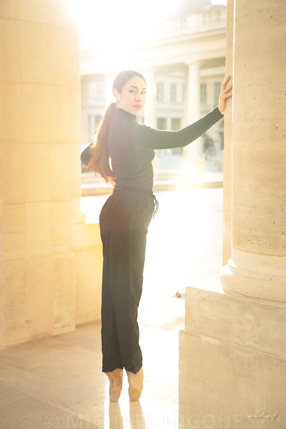 ballerina_jade_pointe_main_colonne_sunrise_flare