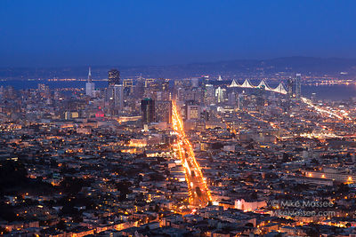 San Francisco at dusk from Twin Peaks