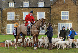 Andrew Osborne MFH and hounds - The Cottesmore Hunt at Bleak House