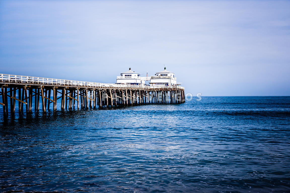 Picture of Malibu Pier in Southern California
