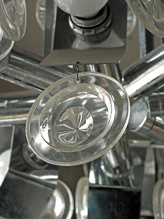 glass_circled_metal_chandelier_detail