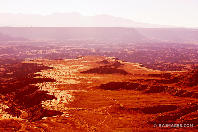 GRANDVIEW POINT OVERLOOK CANYONLANDS NATIONAL PARK UTAH COLOR