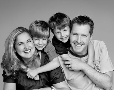 family_photo_black_and_white