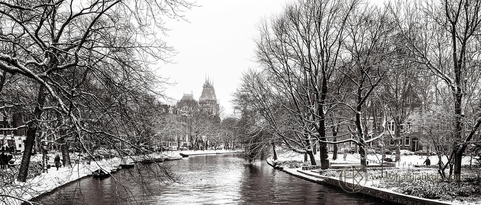 Netherlands - Amsterdam (Singelgracht and Rijksmuseum in Winter)