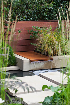 The 'Urban Serenity' garden at the RHS Hampton Court Flower Show. Designer: David Neale. © Rob Whitworth