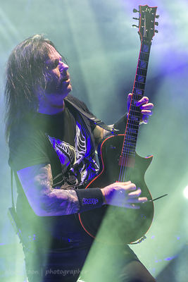 Gary Holt, guitar, Slayer