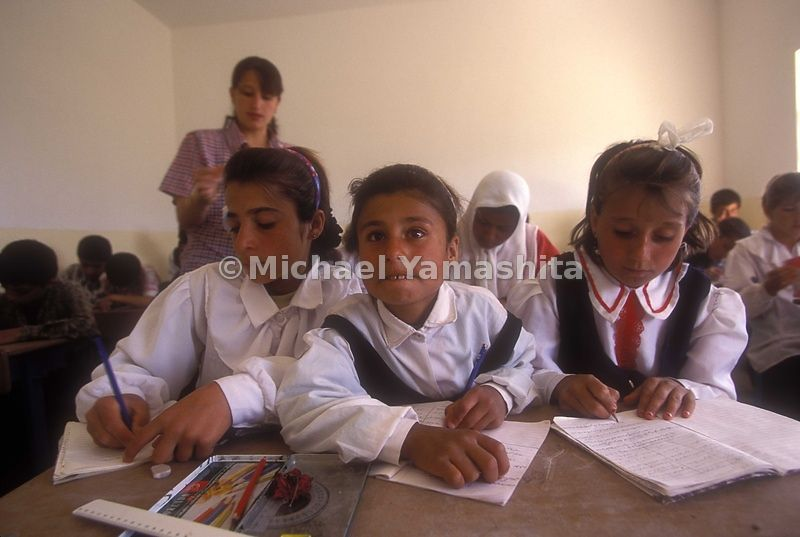 Jwan onmar Ahmad 21 teaching grade 5, 28 students. Kurdish grammar class. Kanysard.